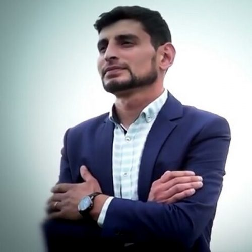 farhad bichare 500x500 - دانلود آهنگ فرهاد بیچاره آی عمروم گونوم